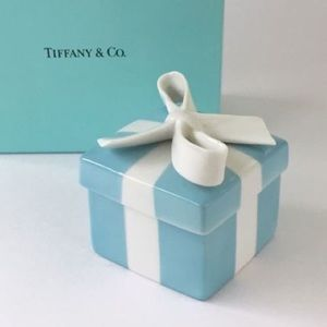 ISO Extra Small Tiffany Bow Tie Box